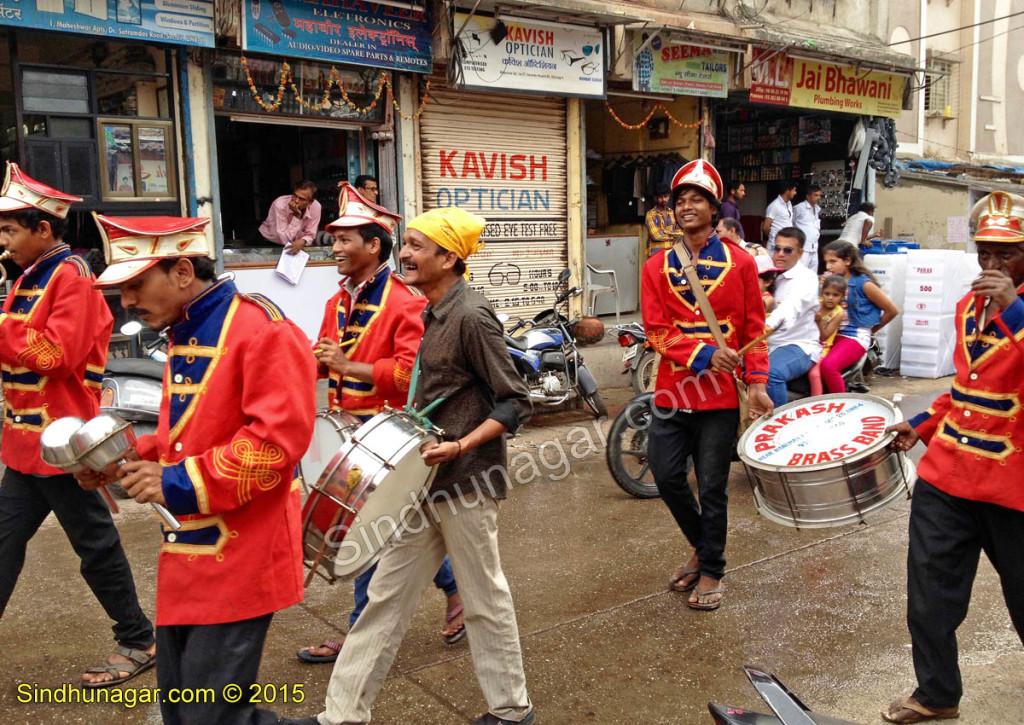 GuruSangatDarbar-Jhuloos-prakash-Band2